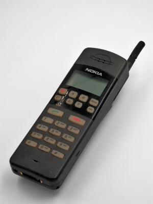 Nokia 440