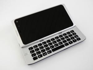Nokia N950